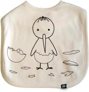 White bib with image of a baby Kiwi that has broken out of its shell