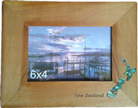 Rimu Paua NZ Map 6 x 4 Photo Frame has Paua shell NZ map inlaid into the wood in the bottom right corner